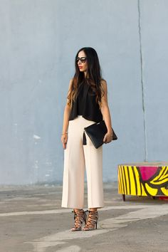 Gli Arcani Supremi (Vox clamantis in deserto - Gothian): The New Style: fashion, outfits and trends for 2019 Office Outfits, Stylish Outfits, Fashion Outfits, Moda Fashion, Womens Fashion, Fashion Fashion, Fashion Ideas, Vintage Fashion, Look Chic