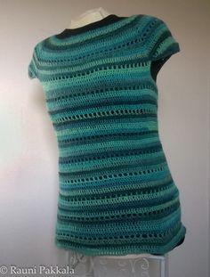 Crochet top, Jawoll Lang Magic, no pattern.