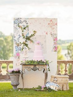 Wedding stationary by Pretty Paper. Photo: Studio 56 Photography