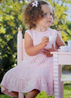 Детское платье спицами. Ажурное платье спицами