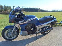 Kawasaki GPZ900R 89 Blau/Silber VERKAUFT/SOLD