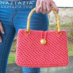 Crochet Jersey Purse with Jersey T Shirt Yarn - DIY Free Pattern and YouTube Tutorial Video by Donna Wolfe from Naztazia