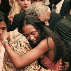 Naomi Campbell - Happy birthday Grandad I love you ! We love you # Mandeladay