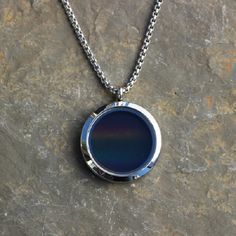This Solar Spectrum Necklace Turns Sunlight Into Style