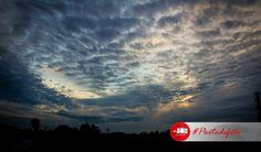 Seberapa sering kita mengamati pagi? Ternyata langit punya pesonanya tersendiri.. Maha Besar Allah yang telah menciptakan keindahan dalam hamparan langit sejauh mata kita memandang :)  #nature #landscape #sky #photography #portodefoto  defoto | Hadir Mengabadikan Momen Terindah Anda | follow twitter @deFoto3
