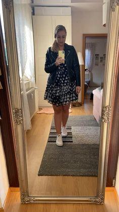 Ein Teil, drei Styles. So stylst Du Dein Kleid optimal für den Herbst. Dior, Love Fashion, Fashion Tips, Fall Trends, Lifestyle, My Style, Instagram, Women Fall Outfits, Styling Tips