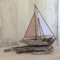 driftwood sailing boat- driftwood art- sailing boat- BeachDECOR- beach house-home decor-living room-decoration for hotel,wedding or baptism Painted Driftwood, Driftwood Wall Art, Driftwood Projects, Driftwood Sculpture, Driftwood Seahorse, Boating Holidays, Story Stones, Beach Crafts, Model Ships