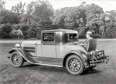 """""""1928 Hudson."""" Car with rumble seat.  Somewhere in the Bay Area. 5x7 glass negative by Christopher Helin.  Shorpy Historic Picture Archive"""