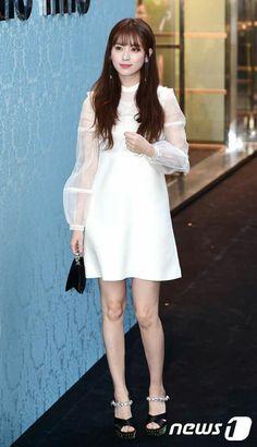 Han Hyo Joo Han Hyo Joo Fashion, Tiffany Snsd, Asian Woman, Asian Girl, Bh Entertainment, W Two Worlds, Korean Actresses, Korean Celebrities, Korean Beauty