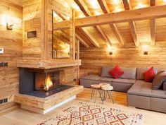 Affitto chalet Chamonix Chalet Interior, Home Interior Design, Interior Architecture, Minimal House Design, Interior Design And Construction, Adams Homes, Chalet Design, Log Home Designs, Cabin House Plans