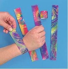 Stunning snap-bracelets.jpg snap bracelets Retro, Slap Bracelets, 90s Childhood, My Childhood Memories, 90s Toys, School Memories, 90s Nostalgia, Sweet Memories, 80s Kids