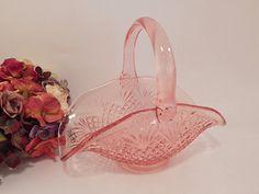 Pink Glass Basket L E Smith Handled Banana Bowl Diamond Pineapple Pattern Dish Vintage 1950's Elegant Feminine Home Decor