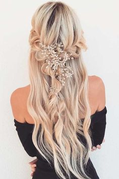36 Cutest and Most Beautiful Homecoming Hairstyles Fabulous Ideas of Homecoming Hairstyles for Long… - http://makeupaccesory.com/36-cutest-and-most-beautiful-homecoming-hairstyles-fabulous-ideas-of-homecoming-hairstyles-for-long-3/