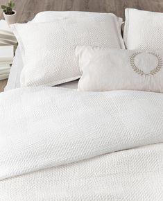 Best Ideas For Bedroom Rustic Bedding Romantic Bedroom Layouts, Room Ideas Bedroom, Cozy Bedroom, Bedroom Romantic, Bedroom Color Schemes, Bedroom Colors, Trendy Bedroom, Modern Bedroom, Bedroom Simple