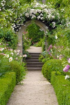 Rose Arch at Hanham Court. Also, info on visiting.