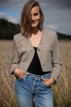 1990ś-vintage-Laurel-cropped-blazer