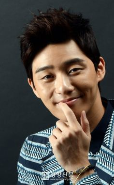 Park Seo Joon - it's nice to see him smile for a change..