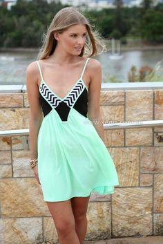 Little Mint Dress  world-newstoday.com