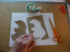 that artist woman: Polar Bears Revisited Winter Art Projects, Winter Crafts For Kids, Art For Kids, Third Grade Art, Paper Plate Crafts, Bear Art, Elementary Art, Art Activities, Polar Bears