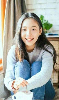 """Wu Qian is Sehun's leading lady in his upcoming Chinese movie ""I love Catman"""" My Amazing Boyfriend, Best Boyfriend, Jung So Min, Asian Actors, Korean Actors, Cute Girl Pic, Cute Girls, W Kdrama, Kpop Anime"