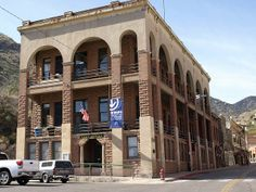 Bisbee Post Office and Copper Queen Library by Distraction Limited, via Flickr