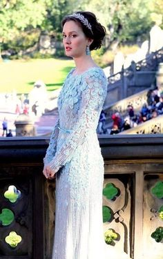 Blair\'s wedding dress from the series finale of gossip girl. I ...