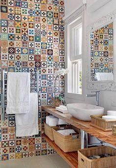 Quelques idées pour le carrelage salle de bain en couleur | Fancy ...