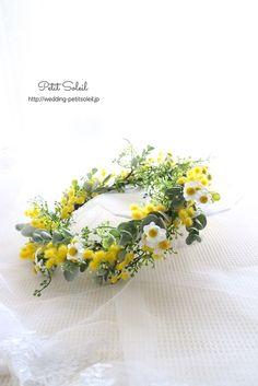 Lilac Wedding Flowers, Bridesmaid Flowers, Flowers In Hair, Le Mimosa, Flower Girl Halo, Crown Hairstyles, Flower Fashion, Flower Designs, Wedding Photos