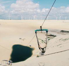 Para quem gosta de se aventurar, a grande atirolesa no meio das dunas de Canoa Quebrada é uma boa 💙