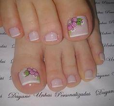 French Pedicure, Pedicure Colors, Pedicure Designs, Pedicure Nail Art, Toe Nail Designs, Toe Nail Art, Nail Art Diy, Glitter Toe Nails, Gel Nails