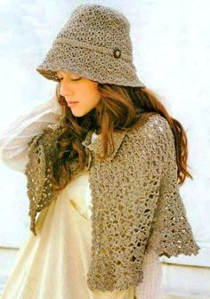 Crochet Shawls: Crochet Cape Pattern Free For Women - Classic Cape and Cloche Set