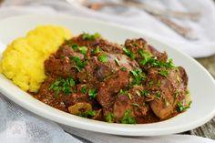 Ficatei de pui la cuptor, in sos de rosii - CAIETUL CU RETETE Tasty, Food, Urban, Meat, Essen, Meals, Yemek, Eten