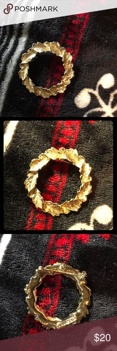 Gold colored Christmas wreath brooche Small stain near one leaf. Not real gold, not real sterling silver. Allergy warning: All shipping comes from a non-smoking home, with dogs and cats. Jewelry Brooches