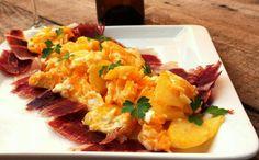 Receta: Revuelto de patatas y jamón ibérico