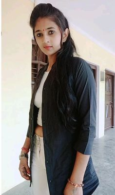 Beautiful Blonde Girl, Beautiful Girl Photo, Beautiful Girl Indian, Most Beautiful Indian Actress, Beautiful Actresses, Desi Girl Image, Lovely Girl Image, Stylish Girl Images, Stylish Girl Pic