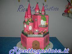 Torta castello principessa pasta di zucchero e gum paste.