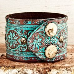 Turquoise leather cuff -- yes please.  Love it. - Click image to find more jewelry posts