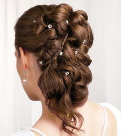 roman hairstyles on Pinterest | Greek Hairstyles, Grecian ...