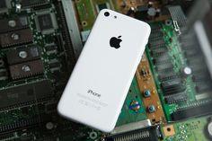 El iPhone 5c de 8gb estaría cada vez más cerca - http://tecnoalt.com/el-iphone-5c-de-8gb-estaria-cada-vez-mas-cerca/