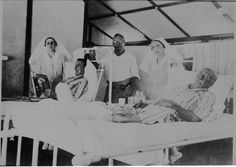 068548PD: Australian Inland Mission Hospital, Fitzroy Crossing, 1940.  http://encore.slwa.wa.gov.au/iii/encore/record/C__Rb1923726__Saustralian%20inland%20mission%20hospital__P0%2C2__Orightresult__U__X6?lang=eng&suite=def