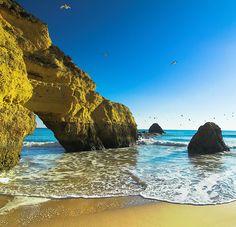 Praia Da Rocha. Algarve, Portugal.