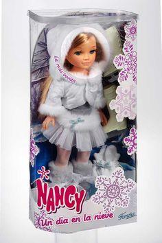 Hola Caracola: Novedades de Nancy y Barriguitas de Famosa, 2007 Nancy Doll, Baby Dolls, Doll Clothes, Toys, Jade, Sew, Houses, Bedroom, Vestidos