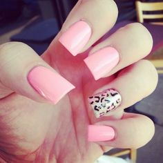 love that bubble gum pink color #nails