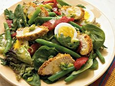Provencal Chicken and Vegetable Salad http://www.prevention.com/food/healthy-eating-tips/12-power-salads-that-wont-leave-you-hungry/provencal-chicken-and-vegetable-salad