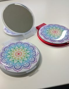 Espejos de bolsillo personalizados #EspejosPersonalizados #EspejosBolsillo #EspejosBoda