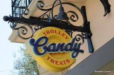 Review from Trolley Treats in Disney California Adventure!