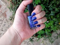 Nails <3 I made an avon review, go and check it at my blog!