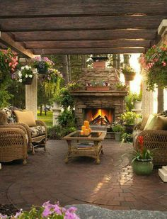 If this isn't a dream backyard patio I don't know what is CabinetsAndDesigns.net