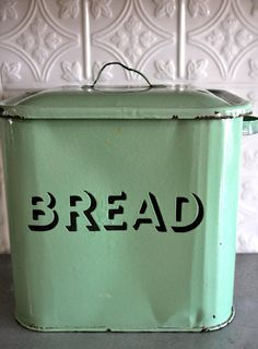 love the breadbox