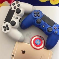 Blue or white ?by - Gamer House Ideas 2019 - 2020 Playstation 5, Xbox, Consoles, Best Gaming Setup, Ps3 Games, Ps4 Controller, Game Room, Games To Play, Video Games